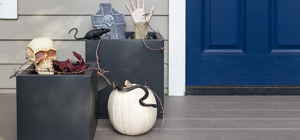 Haunted Halloween Planters